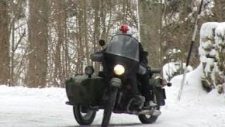VIDEO Napoléon aurait aimé les Eléphants en side Ural ( contenu officiel Moto Journal )