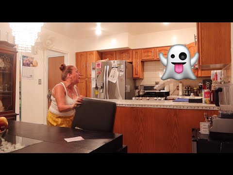 THE BEST GHOST PRANK ON MOM - MUST WATCH!!!