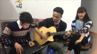"Guitar cover ""4 chữ lắm ' by janbi and thu chi"