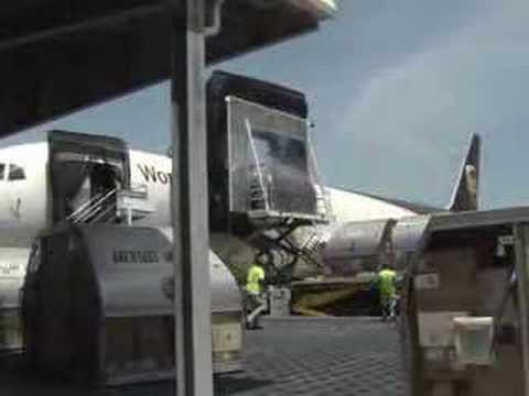How UPS Airlines Works