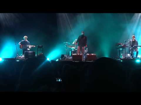 James Blake & Bon Iver - I Need a Forest FIre - Glastonbury 2016