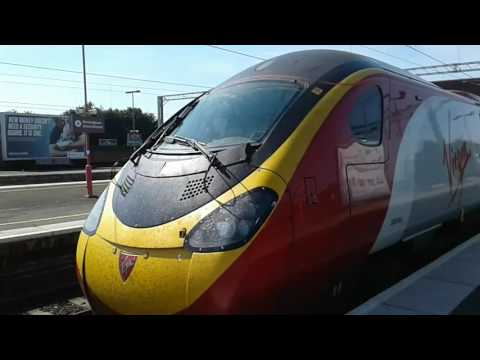 Trains at: Birmingham International, WCML, 15/08/16