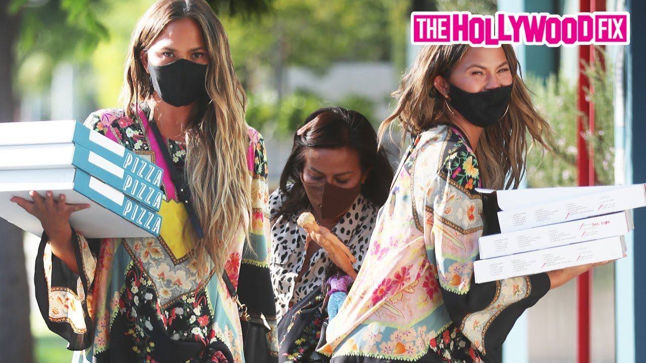 Chrissy Teigen Buys Pizza For Paparazzi While Leaving Couture Kids On Robertson With Luna & Miles