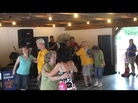 Mud On The Tires Polka - The Knewz - Firemans Field Barton Ohio Aug 2012 - Polkas