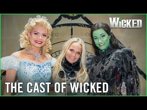 Wicked UK | Kristin Chenoweth meets Sophie Evans