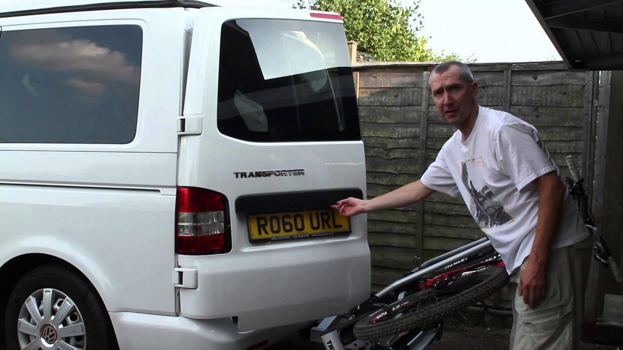 thule 928 bike carrier on vw transporter t5 youtube. Black Bedroom Furniture Sets. Home Design Ideas