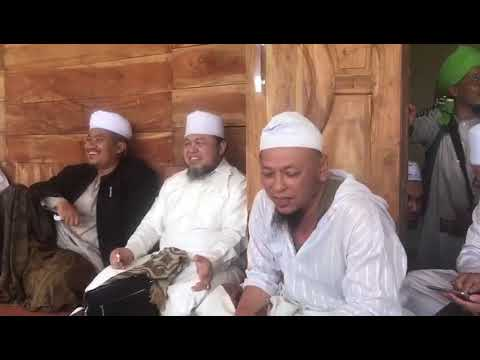 Iwan Dangdut menyanyi di hadapan ulama Indonesia