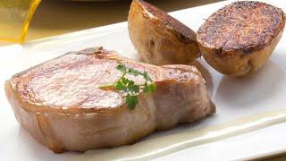 Receta de chuletas de cerdo con patatas al horno – Karlos Arguiñano
