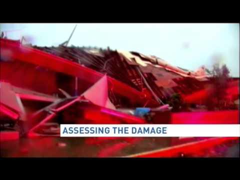 Deadly violent tornadoes sweep across Oklahoma, Arkansas