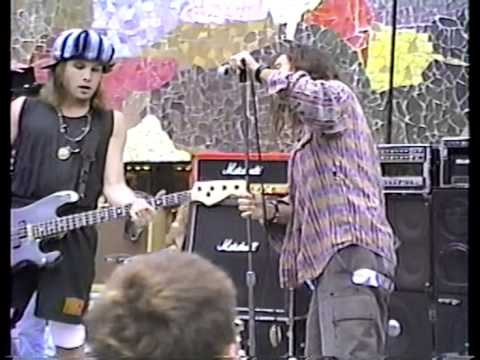 Pearl Jam - 02. State Of Love And Trust - 1991-08-23 Seattle, WA (master)