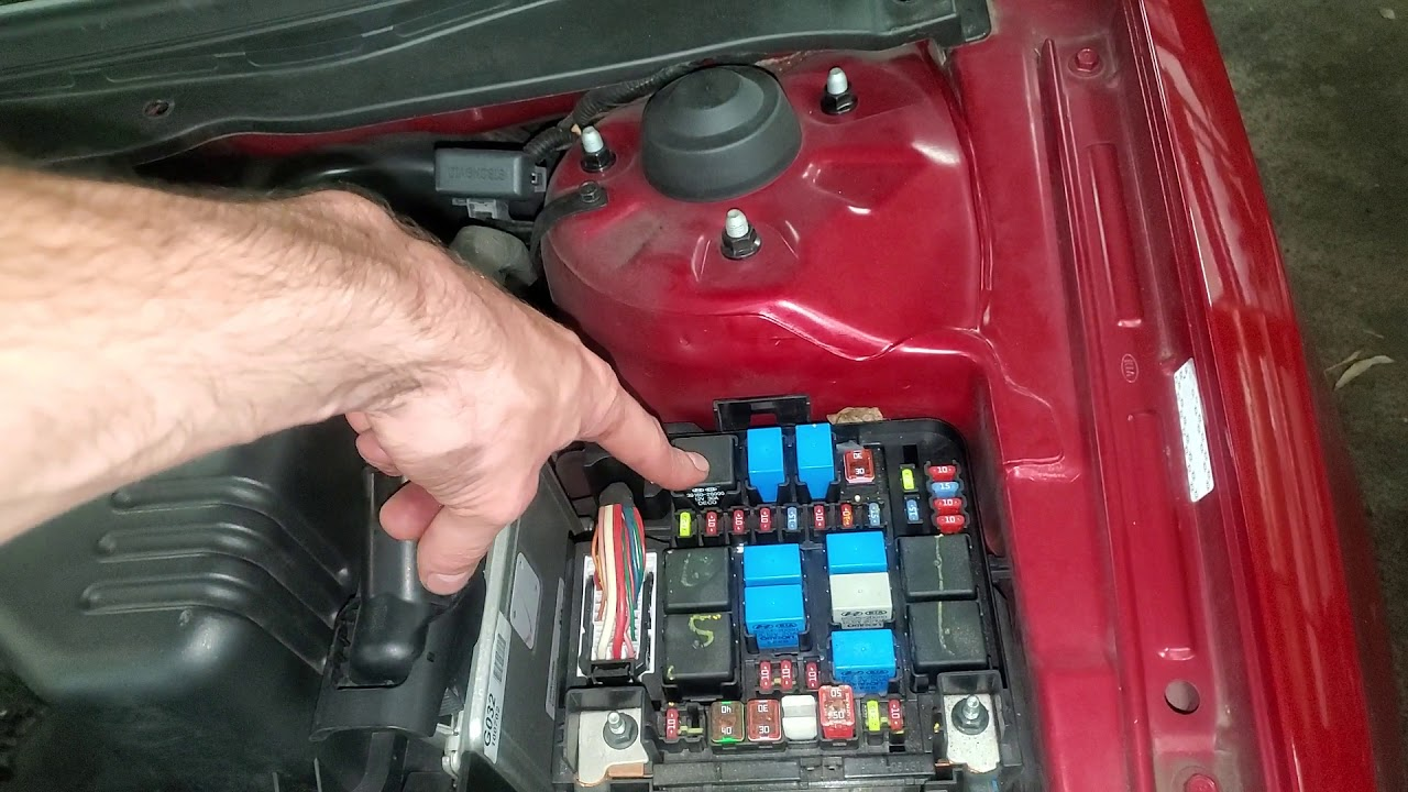 Fuel Pump Test Fuse Test Relay Test Kia Sportage Video37