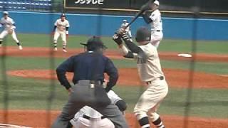 中央大学の澤村投手です。