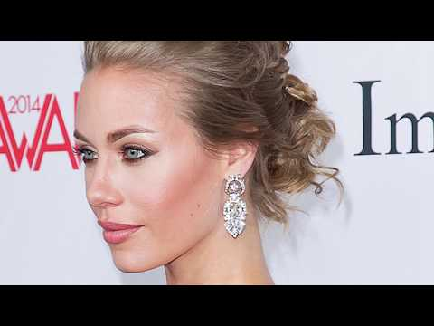 Shay Fox Hot MILF Cheating her HusbandKaynak: YouTube · Süre: 4 dakika18 saniye
