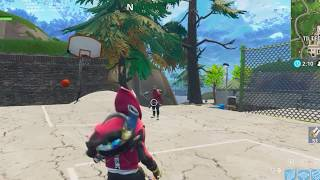 FORTNITE - ''he looks at me and i look at him''