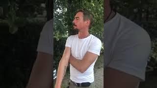 """Звезда фильма """"Бой с тенью"""" Денис Никифоров куражил на байк-фесте в Суздале"""