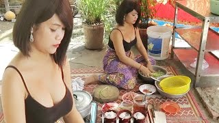 Gambar cover Cooking Food in My Village | Khmer Homemade Food Videos | Country Food, Fish Vegetable Soup # 9