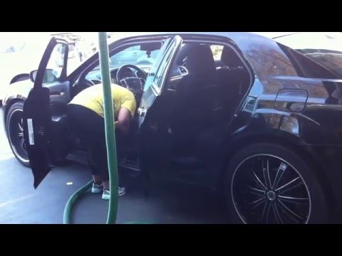 Car Detailing at Ducky's Car Wash in Menlo Park