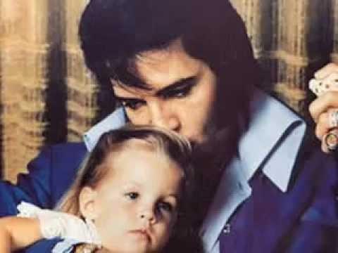 Lisa Marie Presley  Nobody Noticed It