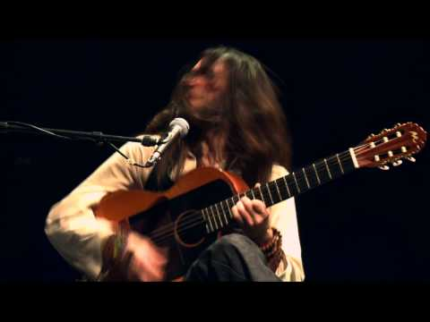 Estas Tonne. The Song of the Golden Dragon. Live in Odeon. Vienna