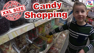 XXL CANDY SHOPPING | Mega Süßigkeiten Tüten für Ash und Max | TipTapTube