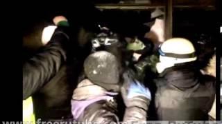 Штурм Украинского дома в Киеве Евромайдан 26 января 2014 года Трансляция онлайн(Подробности хроника и трансляции ..., 2014-01-25T23:09:32.000Z)