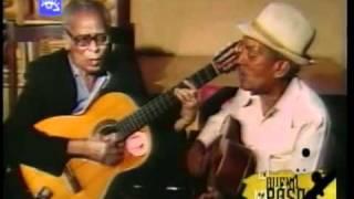 Play Yo Canto En El Llano