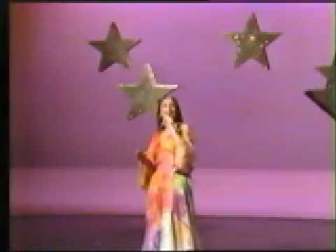 Leslie Dawson on the Celebrity Cabaret pilot 1977