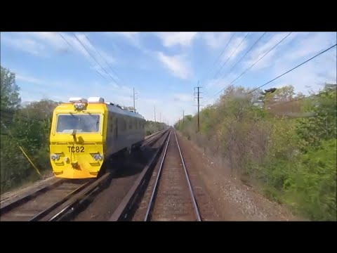 LIRR passing the TC82 and Lindenhurst on an M3