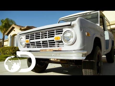 Mike Brewer Buys A 1970's Ford Bronco  Wheeler Dealers Monday 9pm  Discovery UK