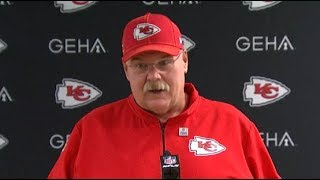 Andy Reid reacts to Patrick Mahomes' knee injury