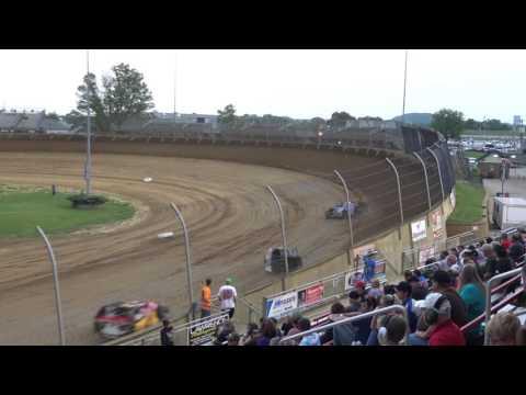 Lawrenceburg Speedway | 5.20.17 | UMP Modifieds | Heat 1