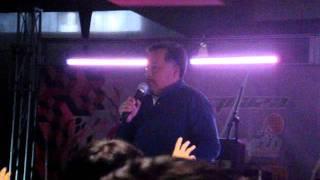 Humberto Vélez en el animecon 2011 voz de T-800 CSM-101 en Terminator 2