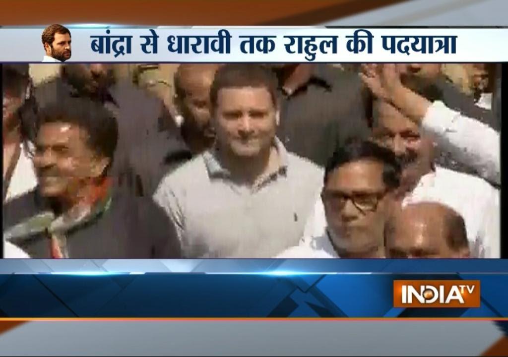 rahul gandhi resumes his padyatra from bandra to dharavi in mumbai