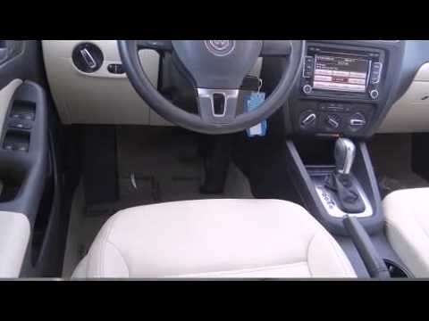 2012 Volkswagen Jetta 2.5L SE w/Convenience Package/Sunroof