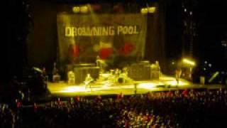 Drowning Pool - Bodies - LIVE - Crue Fest 2 - Kansas City, MO - August 9, 09