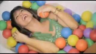 Shakira Rabiosa Español Version Ft Pitbull