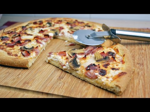 Carbonara Pizza with Mushrooms – Easy Bacon, Onion & Mushroom Pizza Recipe