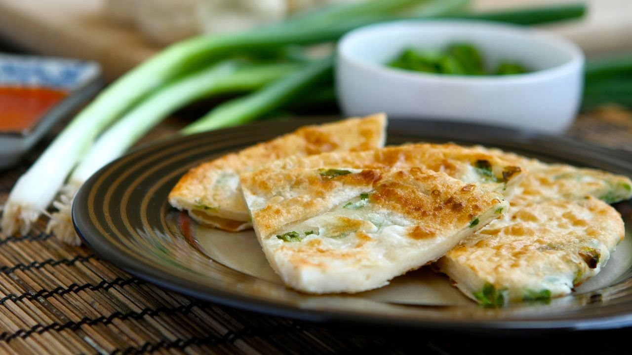 How to make scallion pancakes youtube ccuart Image collections