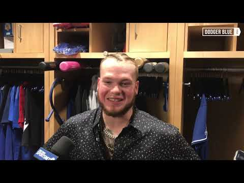 Dodgers postgame: Alex Verdugo reacts to fans singing happy birthday during game at Dodger Stadium