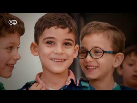 ضيف وحكاية - محمد الجندي: إغاثة الأطفال أعطت لحياتي معنى