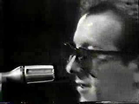 Elvis Costello - Watch Your Step - 1981
