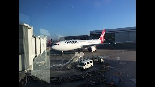 "Video Trip Report: Qantas A330-200, Take-off and landing, SYD to PER, VH-EBS, ""Swan RIver"" views of Perth download MP3, 3GP, MP4, WEBM, AVI, FLV Juli 2018"