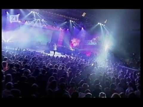jelena-rozga-minut-srca-tvog-live-za-siguran-korak-08-nonamebg