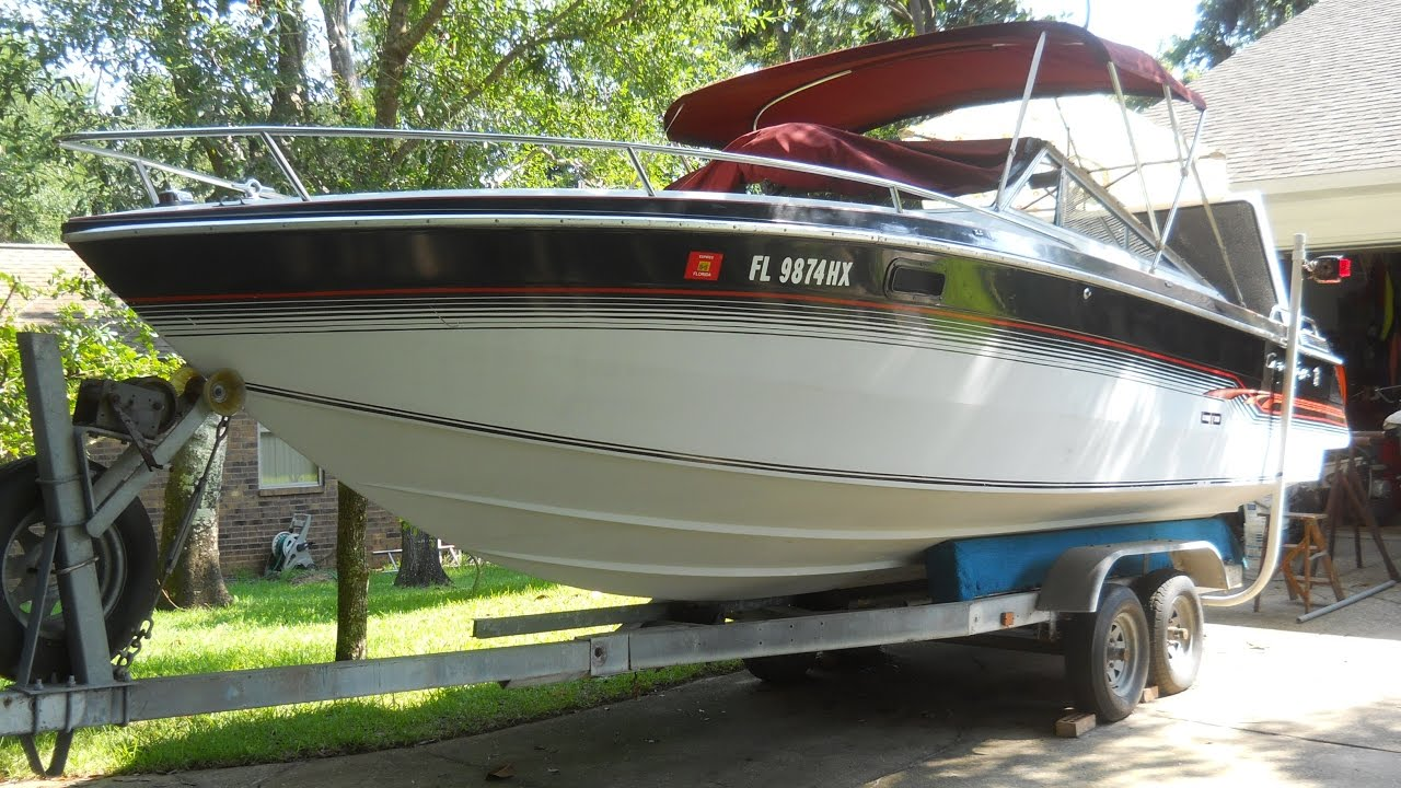 Chris Craft Scorpion 230 LTD, 1986 Mercruiser 350, 5 7