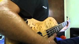 Baixo Deoliveira mirage 5 cordas com captaçao Bartolini, Só um teste