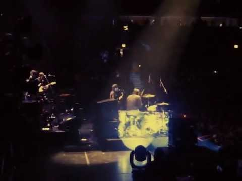 The Black Keys - Run  Right Back - Live at the United Center in Chicago