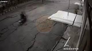 Download Video Subhanallah!!!  tanah bergerak gelombang Detik detik gempa bumi palu MP3 3GP MP4