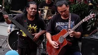 Singkong dan keju  Kalau bob jamming dengan abang Wan memang padu..lagu apa pun blh jalan MP3