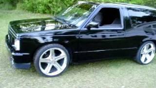 Truckin' 1991 GMC Jimmy