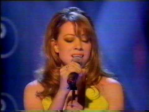 Mariah Carey perfoming live Open Arms @ TOTP